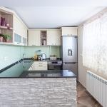 Traditional modern kitchen